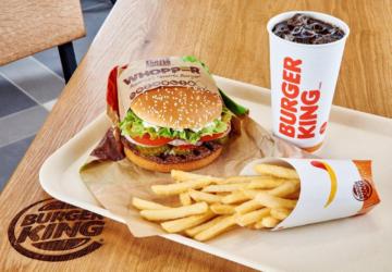 O novo hambúrguer da Burger King vai ser o favorito de todos os doidos por queijo