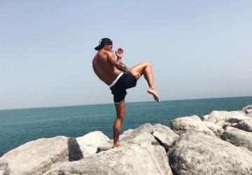 A história supreendente do PT que está a ensinar kickboxing a Isabel dos Santos
