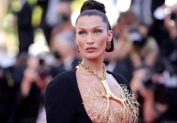 Ninguém conseguiu tirar os olhos do decote de Bella Hadid em Cannes